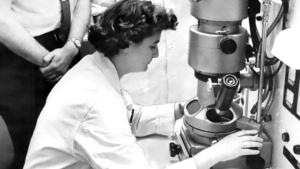 La Mujer en la Ciencia   June Almeida